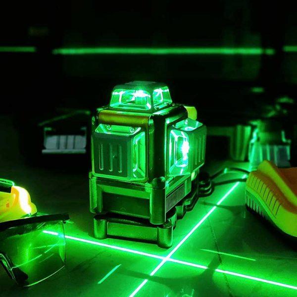 تراز لیزری نور سبز شارژی دیوالت سه بعدیDewalt Laser level 12v